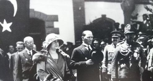 Atatürk'ün Az Bilinen Fotoğrafları-Slayt