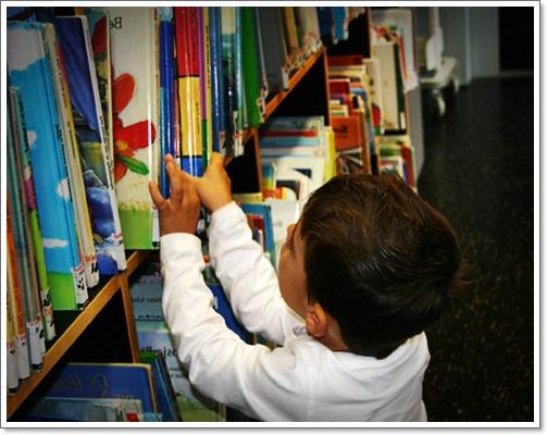 İlkokul Çocukları Her Gün Kitap Okumalı