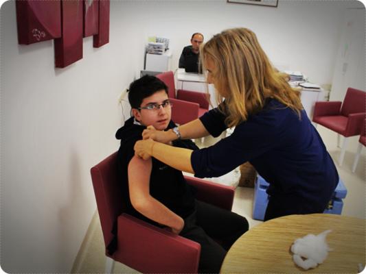 İlk Okullarda Neden Aşı Olunur?