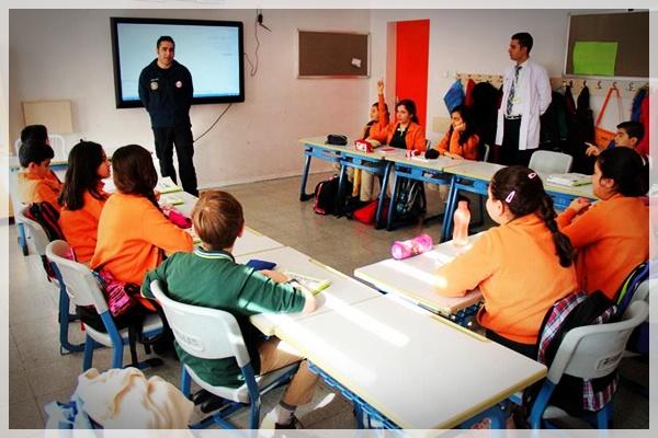 Okullarda-deprem-eğitimi